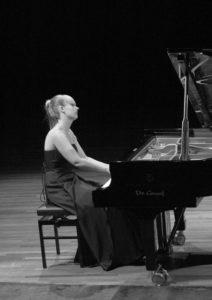 Anouk de Jong, Muziek op De Welle, Cultuur in de Schuur